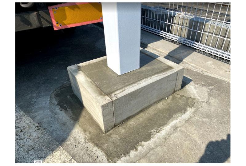 コンクリート部分にLED袖看板を設置(南魚沼市) さいたまの看板屋